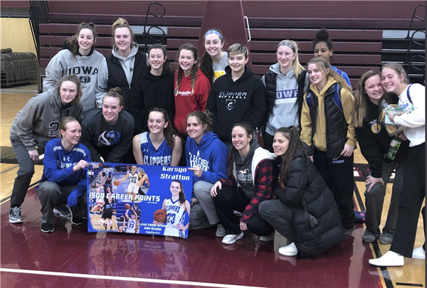 Karsyn Stratton 1500 career points